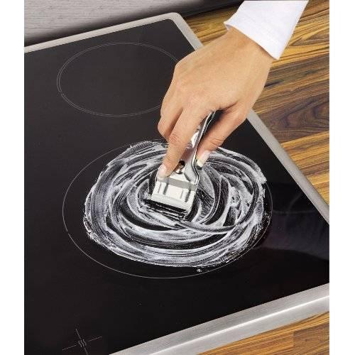 Как очистить индукционную плиту