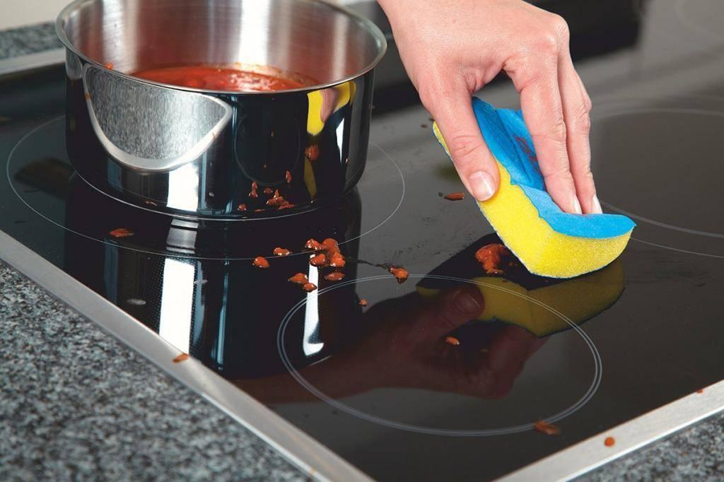 Чем вы чистите стеклокерамическую варочную индукционную  панель?
