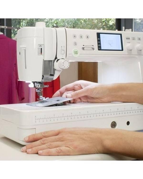Как выбрать лучшую бытовую швейную машинку для дома: виды, критерии подбора, обзор популярных моделей, их плюсы и минусы
