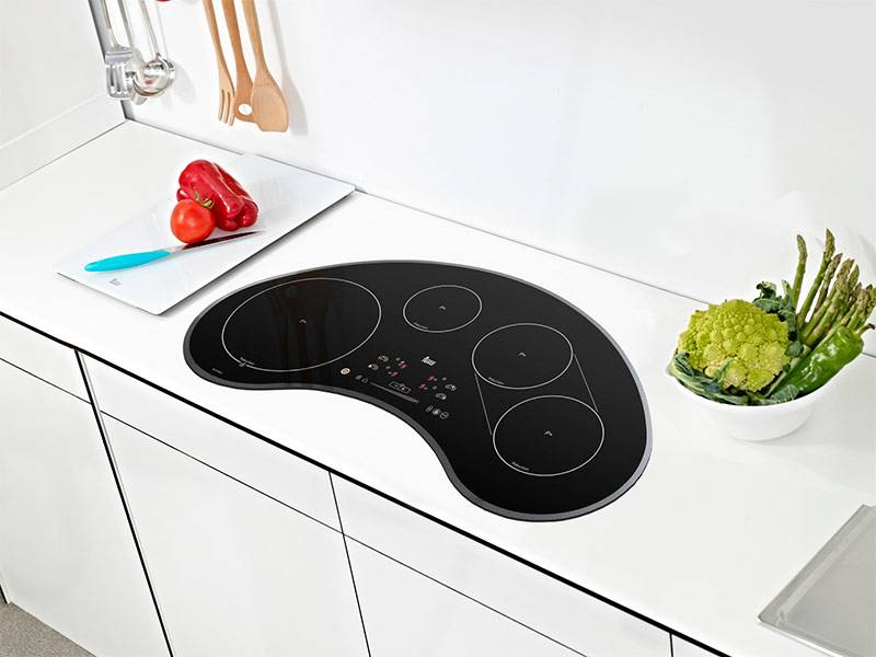 Как ухаживать за индукционной плитой — какие средства для мытья нельзя использовать