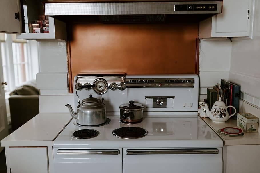 Установка газовой колонки в квартире: требования к монтажу, нормы
