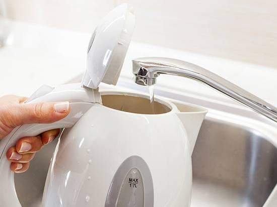 Как избавиться от запаха пластика в новом электрочайнике