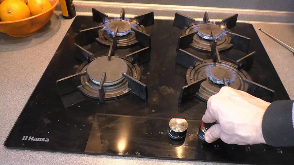 Почему тухнет газовая духовка: 7 основных причин